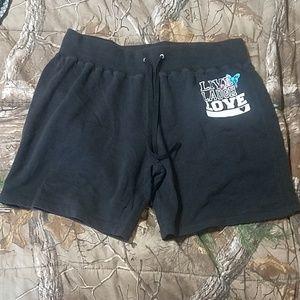 Live laugh love shorts
